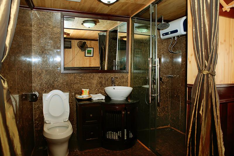 Salle de bain jonque privée
