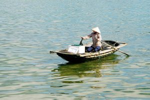 Pêcheur Baie d'Halong